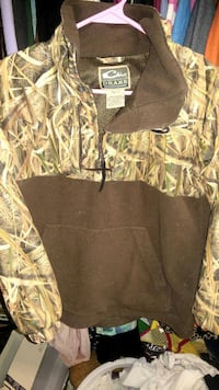 DRAKE PULLOVER BOYS SIZE 12 Snow Hill, 28580