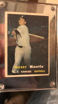1957 Topps Mickey Mantle, Mint. New York