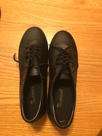 pair of black leather dress shoes East Greenbush, 12061