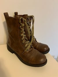 Womens Brown Combat Boots Size 7.5 Whitby, L1N