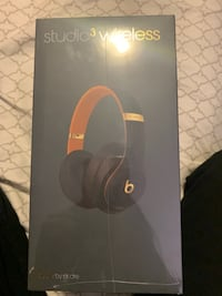 Beats Studio 3 Wireless HeadPhones BNIB Cambridge, N1R 6K7