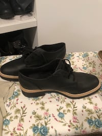 pair of black leather dress shoes Cresskill, 07626