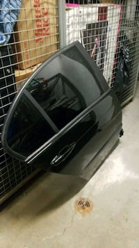 e46 rear doors comes with everything  Pickering