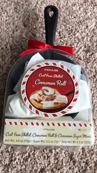 Brand new cast iron skillet Cinnamon Roll and cinnamon sugar mixed   Ready to bake Norfolk, 23523