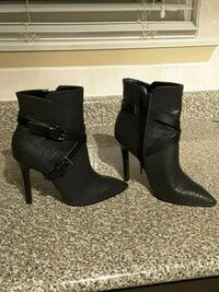 pair of black leather platform stilettos Toronto, M2M 1P7