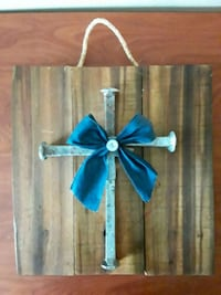 Reclaimed wood & Railroad spike cross Meridian