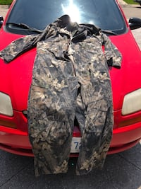 Camo Hunting gear- size large