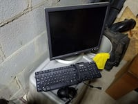 Dell flip screen monitor, keyboard, and mouse (set