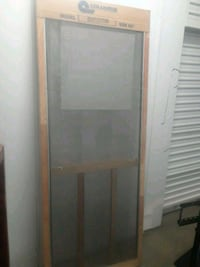Brand new 32 inch wood screen door sealed new in P Rockville, 20850