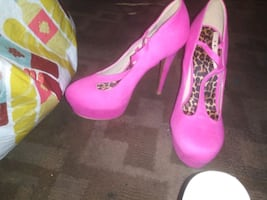 Shoes n clothing best offer depends on wat ones u