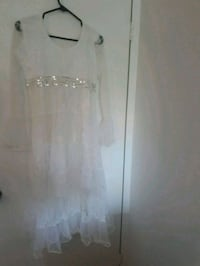 White dress size S Laval, H7W