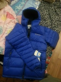 blue zip-up bubble jacket Saskatoon, S7M 2G9