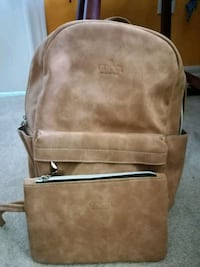 2Beautiful soft faux leather,back paks,25$ each Mississauga, L4Z 4K5