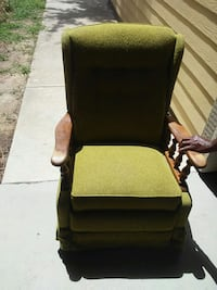 Very comfortable..rocking chair Metairie, 70001