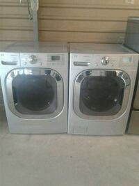 FRONT LOADER WASHER AND ELECTRIC DRYER SET  L.G. Travis County, 78617