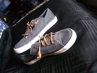 Slightly used Sperry br. Sneakers brandnew in the store at $57