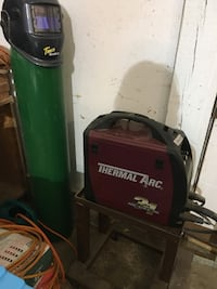 green and black Coleman Powermate air compressor Forest Grove, 97116