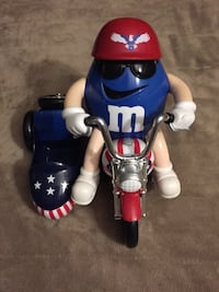 M&M Patriotic Freedom Rider candy dispenser Lebanon, 17042