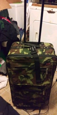 Camouflage rolling suitcase Opelousas, 70570