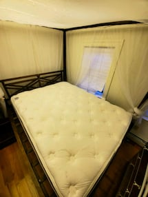 Cushioned Mattress and Box Spring