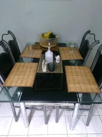 Glass table with 6 chairs Brampton, L6Z