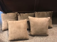 5 large Couch Pillows Springfield, 65803