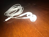 Apple EarPods with lightning cable Annandale, 22003