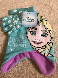 Brand new Disney Frozen Hat & Gloves Set (pick up only) Alexandria, 22310