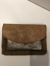 Pochette  Paris, 75011