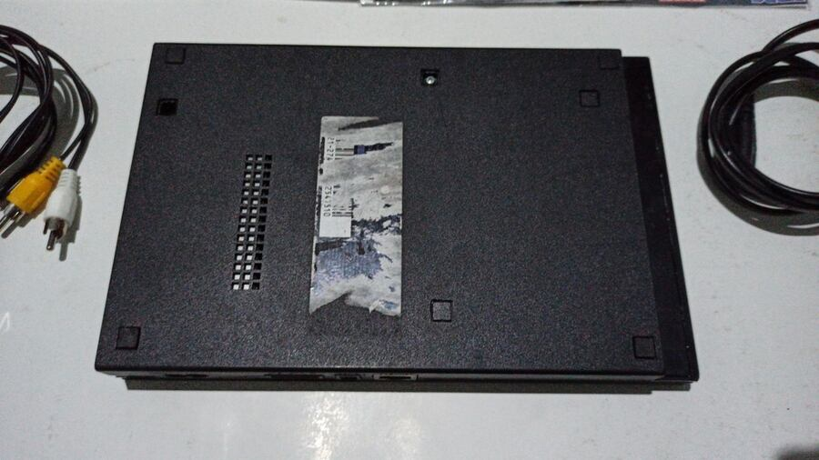 PlayStation 2 Slim kasa  1e5976c7-1336-4833-a4f2-47a1d4ed30d6