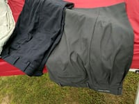 black and red Nike shorts 226 mi