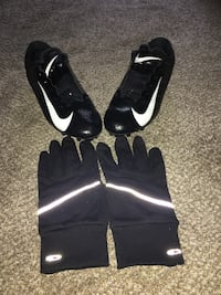 Vapor maxes cleats with football gloves Ogden, 84404
