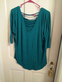 Love Your Style top size L Hagerstown, 21740