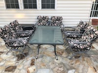 Sleek Patio Furniture (7 Pieces) Arlington, 22201