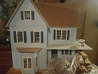 Dollhouse with all parts and lots of furnishings