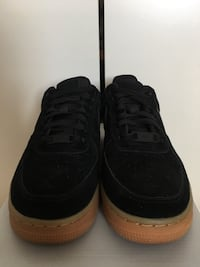 WOMENS SUEDE NIKE AIR FORCE 1 - SIZE 7 Mississauga, L5B 3N8