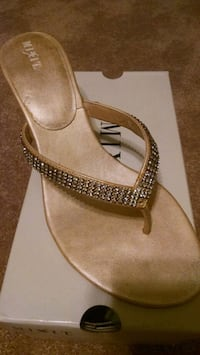 Mix it sandals...size 9 Virginia Beach, 23453