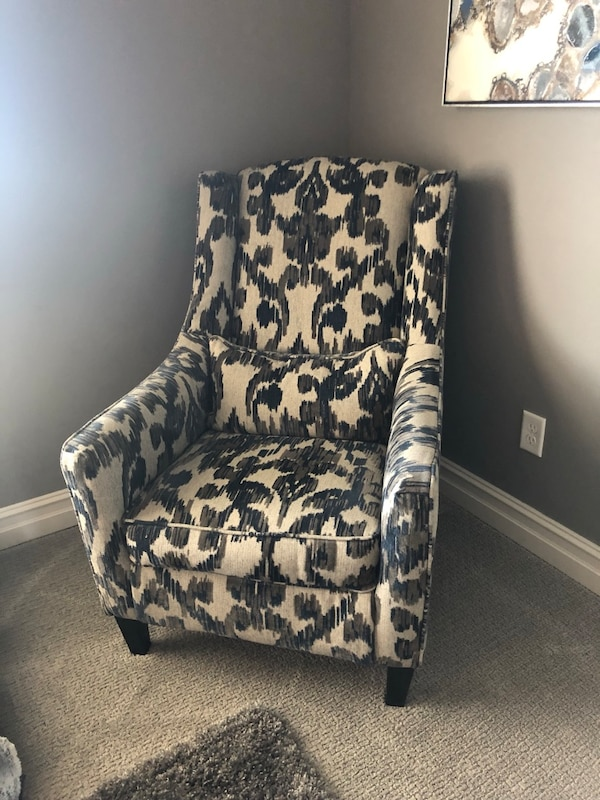 Used Blue Beige Gray Pattern Ashley Furniture Accent Chair For