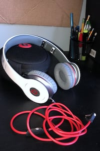 Beats Solo HD Red Bank, 07701