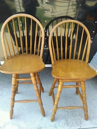 Oak swivel bar height chairs Oak Harbor, 43449