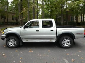 2001 toyota tacoma 4 doord automatic 103 miles clean title runs very good...