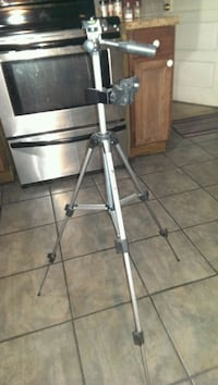 Camera/Phone Tripod. 4 hieght adjustmants.
