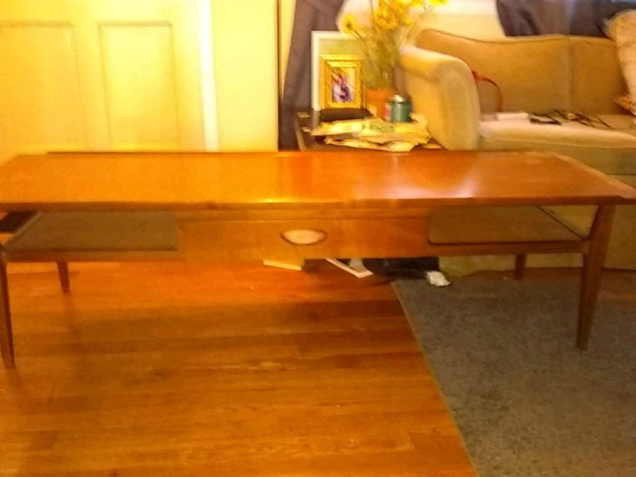 used beautiful wood long coffee table for sale in newark letgo rh gb letgo com