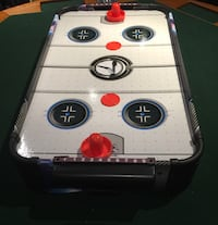 Table top air hockey set