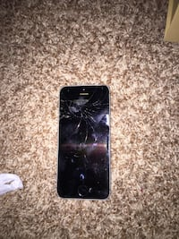 Cracked iPhone 5S / Does not work Simpsonville, 29680