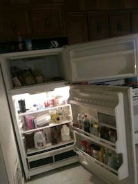 white top-mount refrigerator Wilkes-Barre, 18702