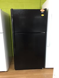 Maytag black top freezer refrigerator  Woodbridge, 22191