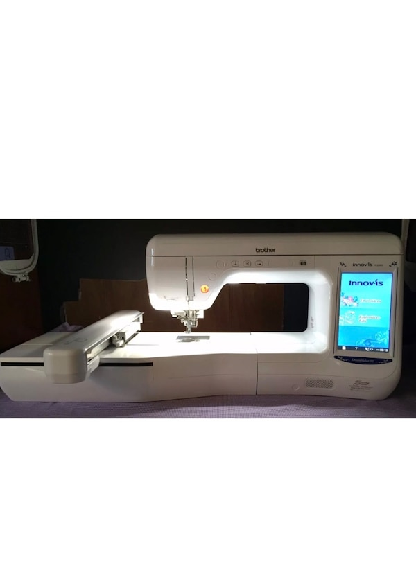 Used Embroidery Machine Dreammaker Ve2200 7x12 Large Area For