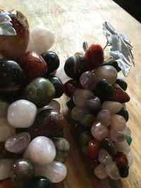 Mixed quartz/amethyst stones from Brazil  Smithsburg, 21783