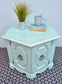 Vintage mint green hexagon accent table Lakeside, 92040